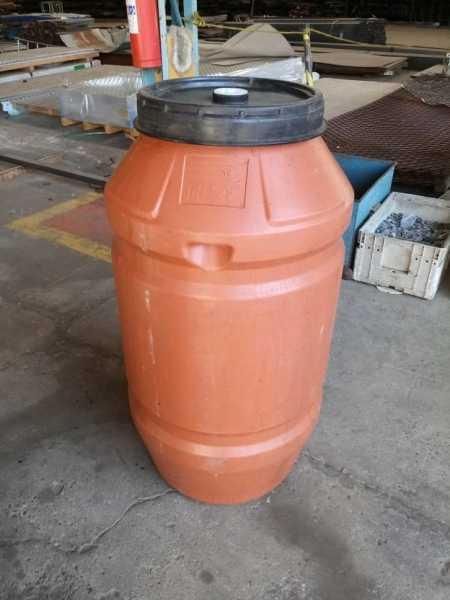 Bombona com Tampa de rosca de 200 litros